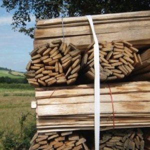 Lath : Traditional Oak, Chestnut & Larch